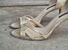 #the5thelementshoes #rosettishowroom #springsummer #sandals #SS2016 #goldsand #eveningwear