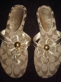 Coach sandals...i'll take these please :)