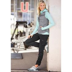 Outfit and design smart ideas for jogging this summer. Outfit and design smart ideas for jogging this summer. Sporty Outfits, Sporty Style, Athletic Outfits, Athletic Fashion, Winter Outfits, Cute Outfits, Fashion Outfits, Fashion News, Jogging