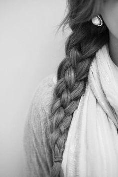 braided hairstyles | simple regular braid  http://www.hairstylo.com/2015/07/braided-hairstyles.html