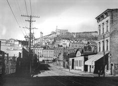 Old Time Cincy - Freeman Avenue Streetcar + Fairview Incline (1898) by matthunterross on Flickr.  Cincinnati in 1898.