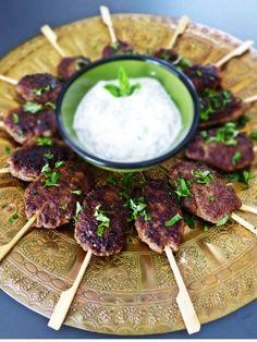 An Silvester laden wir all unsere http://www.kynigos.net.gr/syntages/lagosstifado.htmlturkish  kofteFreude zu einer großen Sause oder zu einem gemütlichen Abend ein. Auf dem Buffet - 20 raffinierte Partyrezepte.