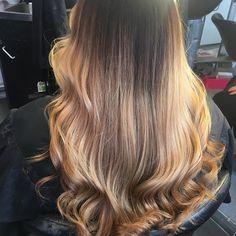 #hairsalon #helsinki #kamppi #olaplex #olaplexfinland #väri #inspiraatio #hiukset #kamppi #hiussalonki #stylisti#kc ##hairdressing #look #haircut #hairbeauty #haircolor #uustukka #balayage #wella #kc # Hair Cubed, Helsinki, Long Hair Styles, Beauty, Long Hairstyle, Long Haircuts, Long Hair Cuts, Beauty Illustration, Long Hairstyles