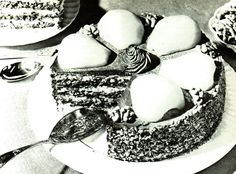 Vintage 1950s Viennese Gateaux and 2 FREE Recipes for you to Bake