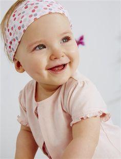 Un bonito conjunto muy práctico para vestir al bebé fácilmente, ¡de una delicadeza maravillosa!  Precio desde 29,99€ #conjunto #3prendas #bebe