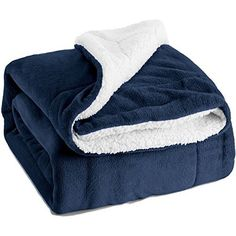 Amazon.com: Olive Drab Green Warm Wool Fire Retardent Blanket, 66 x 90 (80% Wool)-US Military: Sports & Outdoors