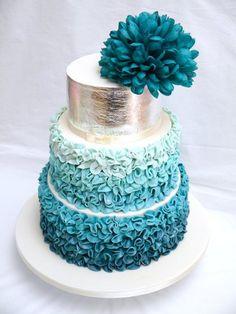 Tartas de Boda - Wedding Cake - Teal wedding cake with bunched ruffles Gorgeous Cakes, Pretty Cakes, Cute Cakes, Amazing Cakes, Metallic Wedding Cakes, Gold Wedding, Metallic Cake, Metallic Gold, Summer Wedding Cakes