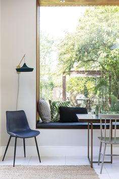 South London Interior Garden Designer transforms your home into an inspiring space that is totally unique and full of character. Layout Design, Design Jobs, Küchen Design, Kitchen Diner Extension, Open Plan Kitchen Diner, Open Plan Kitchen Living Room, Farrow Ball, Interior Garden, Interior Design