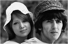 Patricia Anne Pattie Boyd nace el 17 de marzo de 1944 en Somerset, Inglaterra[ George Harrison]