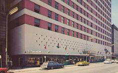 Radisson Hotel - Minneapolis, Minnesota Postcard