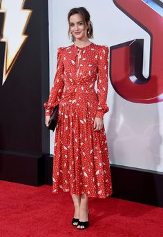 """Pictures And New Line Cinema's World Premiere Of """"SHAZAM!"""" at TCL Chinese Theatre on March 2019 in Hollywood, California. Leighton Meester, Gossip Girls, Star Fashion, Look Fashion, Womens Fashion, Style Outfits, Pretty Outfits, Style Blair Waldorf, Mom Dress"""