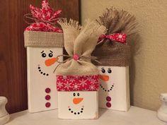 Wooden Snowmen; Snowmen Blocks; Rustic Snowmen; Snowmen Set; Hand Painted Snowmen; Shabby Chic Style; Christmas Gifts; Seasonal; Holiday;