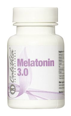 Melatonina este o substanta chimica naturala produsa la nivelul creierului de catre glanda pineala si se sintetizeaza din aminoacidul triptofan. Sinteza acesteia este stimulata de intuneric si redusa de lumina.