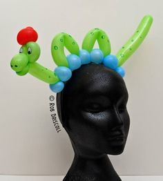 Learn to create more amazing designs on http://www.balloonart.co.il/shop