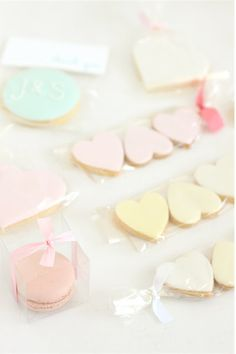 Cute cookie favor packaging ideas from hello naomi