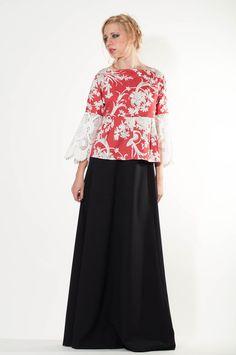 Oversized Floral Top with lace details floral by LeMoutonBleuShop