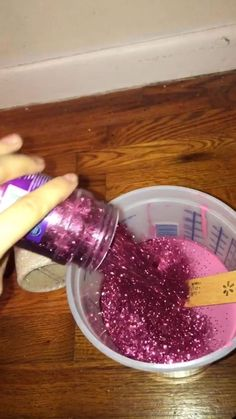 1 million+ Stunning Free Images to Use Anywhere Glitter Paint Bedroom, Glitter Paint Diy, Glitter Paint Walls, How To Make Glitter Paint For Walls, Glitter Wall Paint Diy, Glitter Stairs, Glitter Crafts, Wall Painting Decor, Diy Painting