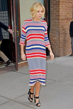 Seen on The Tonight Show Starring Jimmy Fallon. Sienna Miller in a knit dress. Very cute. ☺