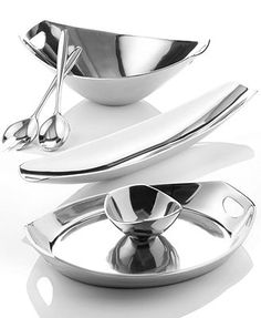 Dansk Metal Serveware, Classic Fjord Collection (blends well with Nambe pieces) Kitchen Items, New Kitchen, Kitchen Decor, Kitchen Tools, Kitchen Wall Storage, Brown Nail Polish, Kitchenware, Tableware, Catering Equipment