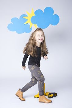 Children's clothing / Umbrella pants / Our pants are comfortable for every child, have swanky pockets and interesting style. The fabric feels nice, wears and washes well, doesn't pill nor does it restrain child's movement – a unique product by mamatu via en.DaWanda.com