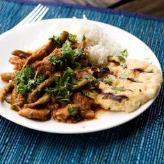 crock pot chicken vindaloo and garlic nann