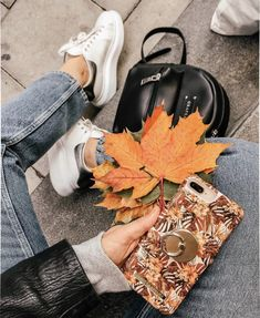 Autumn Aesthetic, Aesthetic Photo, Fall Pictures, Fall Photos, Autumn Cozy, Autumn Photography, City Style, Autumn Inspiration, Fall Outfits