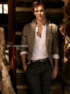 wow..i think this is one of the hottest pics of Matt I've seen <3<3<3