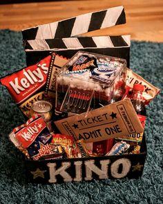 Kinobox mit Popcornmaschine (perfektes Geschenk für Männer zu jeden Anlass)