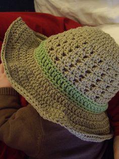 Crochet sun hat - free patern