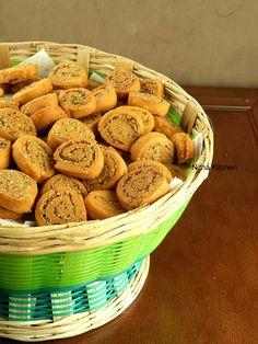 Savory and crispy Bhakarwadi recipe with step by step instructions!