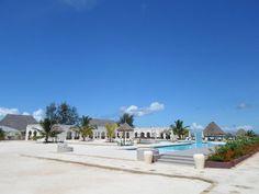 Meerwasserpool mit Bar u. Restaurant - Gold Zanzibar Beach House & Spa