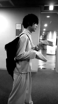 Kamen Rider W, Kento Yamazaki, Japanese Boy, Asian Boys, In My Feelings, Top Coat, It Hurts, Celebs, Singer