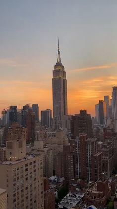 New York Life, Nyc Life, Aesthetic Photography Nature, City Photography, City Aesthetic, Travel Aesthetic, Empire State Of Mind, Empire State Building, New York Wallpaper