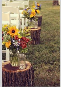 Would use something besides Mason jars, but I like this idea.