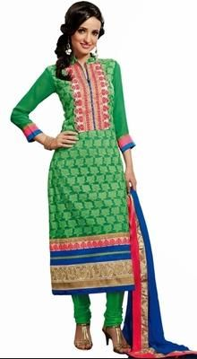 Dazzling Diva Green Georgette Churidar Suit Elegance and honorable come together in this dazzling diva green georgette churidar suit. This ravishing attire is amazingly embroidered with kasab, resham and stones work.  #BuyAnarkaliSuit #LatestAnarkaliSuitDesigns