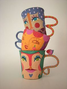 papier mache mugs Paper Clay, Paper Mache Clay, Paper Mache Sculpture, Paper Mache Crafts, Clay Art, Diy Paper, Paper Art, Paper Dolls, Art Dolls