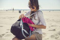 Handtasche - Mana Worek Black & Fuchsia - ein Designerstück von MANA-MANA-BAGS bei DaWanda