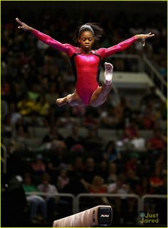 The members of the women's 2012 US gymnastics team are Gabby Douglas, McKayla Maroney, Aly Raisman, Jordyn Wieber and Kyla Ross. GO GABBY! Us Gymnastics Team, Olympic Gymnastics, Olympic Sports, Olympic Games, Cheerleading, Artistic Gymnastics, Gymnastics Stuff, Gymnastics Pictures, American Gymnastics