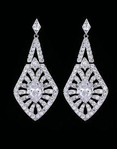 Cercei lungi mireasa cu zirconii Palm Tree Gold Jewelry, Jewellery, Gold Earrings Designs, Designer Earrings, Crochet Earrings, Swarovski, Crystals, Jewels, Gold Jewellery