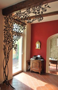 metal tree entryway corner detail