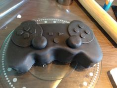 Manette PS3 tutoriel – Délices et Pâtisseries Manette Ps3, Xbox Cake, Ps4, Baking, Desserts, Relationship, Cakes, Healthy, Easter Eggs