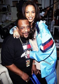 Aaliyah and her dad Michael Haughton RIP to both of them...