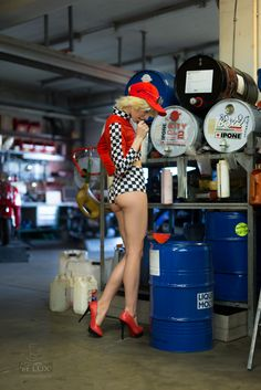 Session 'Garage Times III' - come in  Photography: Atelier 'et Lux', Model: Vanessa W.