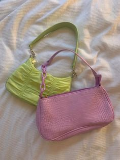 Fashion Bags, Fashion Accessories, Aesthetic Bags, Accesorios Casual, Mode Chic, Cute Purses, Indie Outfits, Cute Bags, Vintage Bags