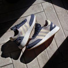 Adidas Iniki Runner Boost 3 se cuela Pinterest Adidas Iniki