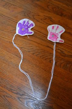 age: any  type: craft     I posted about this idea a couple weeks ago over here , but I loved it so much I wanted to make sure it was avai...