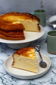 Light and airy fromage blanc cake - Amandine Cooking-Gâteau au fromage blanc léger et aérien – Amandine Cooking Light and airy fromage blanc cake – Amandine Cooking - Cheesecake Recipes, Dessert Recipes, Pumpkin Cheesecake, Dinner Recipes, Bolo Cake, Food Cakes, Savoury Cake, Mini Cakes, Food And Drink