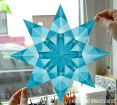 Window stars made of transparent paper - Basteln - Origami Origami Ball, Origami Diy, Origami Wall Art, Origami And Kirigami, Origami Butterfly, Origami Flowers, Origami Paper, Diy Paper, Paper Crafting