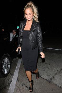 Chrissy+Teigen's+Best+Maternity+Style  - HarpersBAZAAR.com