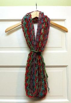 Ravelry: Artfully Simple Infinity Scarf pattern by Tamara Kelly by kerri_posts